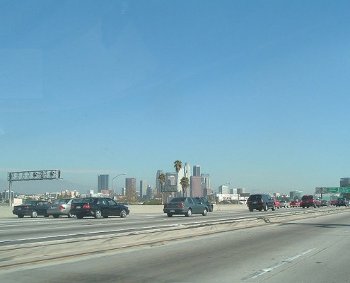 Downtown Los Angeles Skyline from 10 freeway ; Lan56. License: CC-BY-SA 3.0